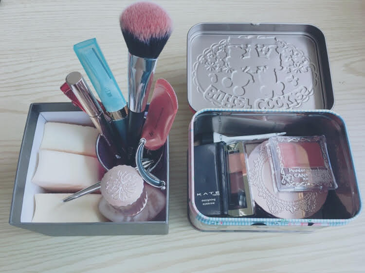 化粧品を断捨離するメリット